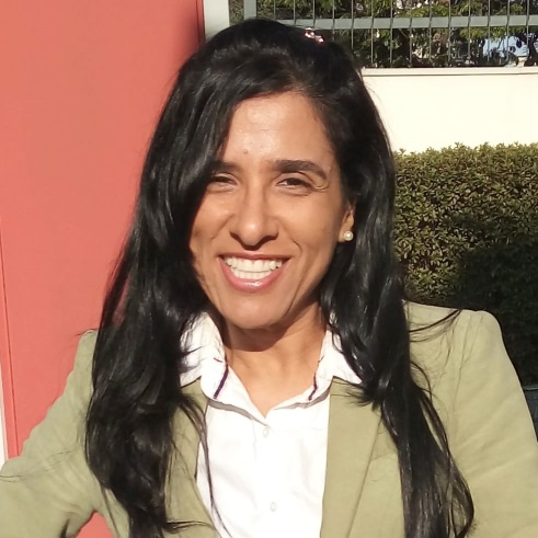 Luciana-Vasconcellos